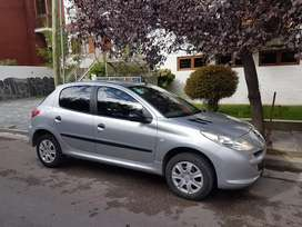 Peugeot 207  2012. 87000km Impecable