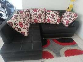 Muebles L