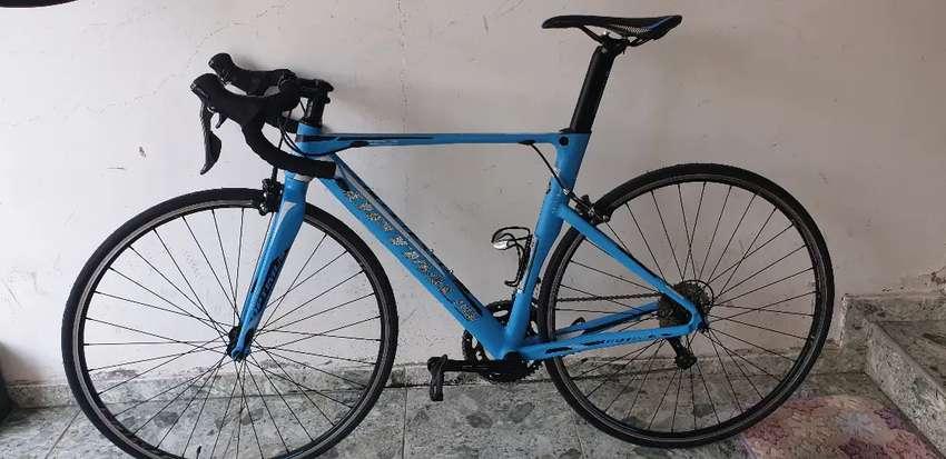 Se vende bicicleta de ruta 0
