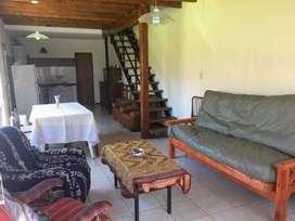 MIRAMAR casa tipo loft para 5 personas a 10 cuadras de la.playa y 4 del centro