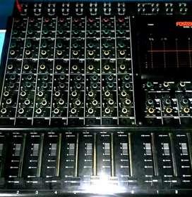 Consola Fostex de 8 canales