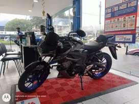Motocicleta SUZUKI GSXS150