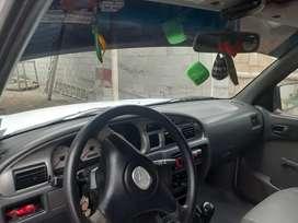 Linda camioneta lista para trabajar