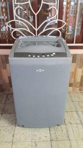 Vendo lavadora Haced 9.6kg  trasporte incluido