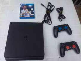 Se vende ps4 en perfectas condiciones