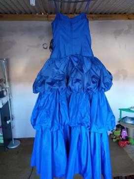 Vendo vestidos de 15años