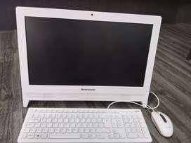 Vendo PC Lenovo todo en uno como nuevo negociable