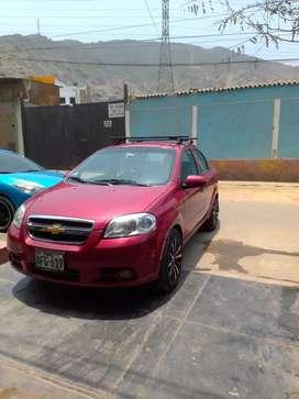 Vendo auto Chebrolet Aveo sedan color rojo