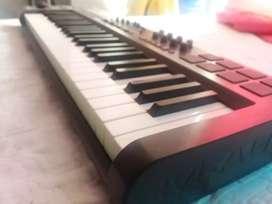 teclado midi axiom 49