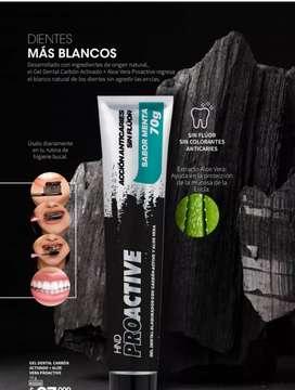 Crema dental con Carbón Activado