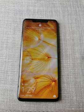 Hermoso Huawei mate 20 pro ( mínimo detalle )
