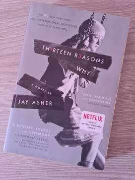 Trece Razónes Por Qué Por Jay Asher (Thirteen Reasons Why)