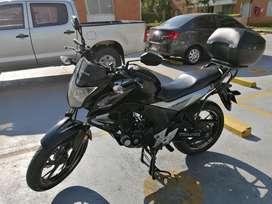 Honda CB 160F DLX Negra