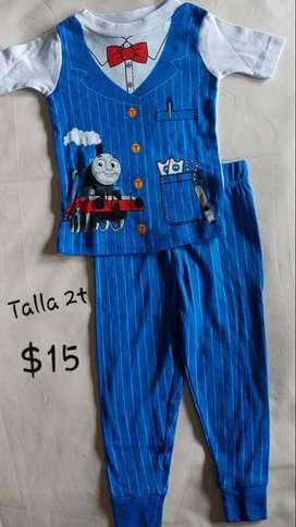 Pijama para niños talla 2T (2años)