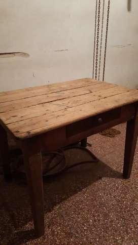Mesa usada chica