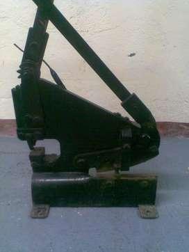 Cizalla manual para lamina de banco, usado