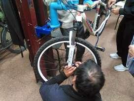 Socio para taller de bicicletas