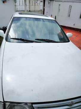 Nissan bluebird modelo 95 para repuestos o para arreglar