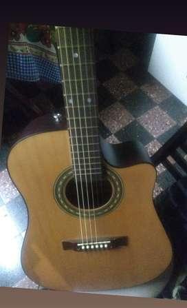 Guitarra electroacústica marca gracia