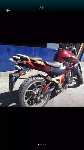 De oportunidad vendo moto usada  $800 negociables