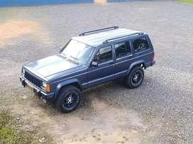 Vendo camioneta Jeep Cherokee