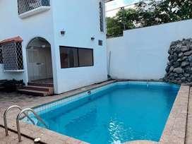 Alquilo o Vendo hermosa casa en Olivos
