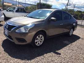 NISSAN VERSA MANUAL IMPECABLE