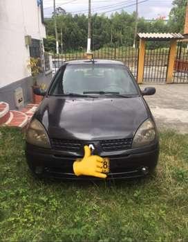 Automovil - Renault CLIO Autentique 2007