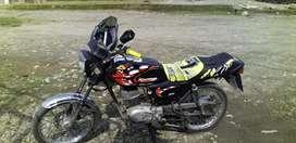 Motocicleta Suzuki X100