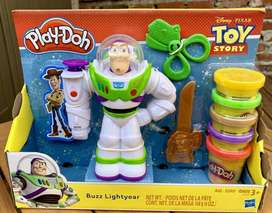 Disney Pixar Toy Story Buzz Lightyear Playdoh Set Con Buzz