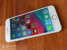 iPhone 6 64gb con cargador.