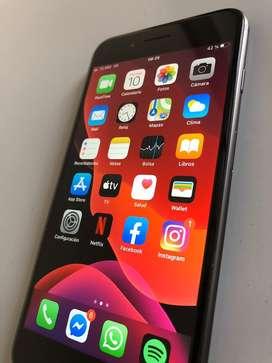 Iphone 8 plus 64GB 10/10