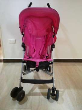 Coche paseador maclaren rosado excelente