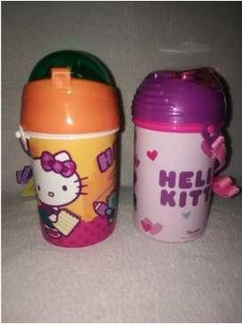 Cantinflora Tomatodo Pequeño Con Caña Hello Kitty