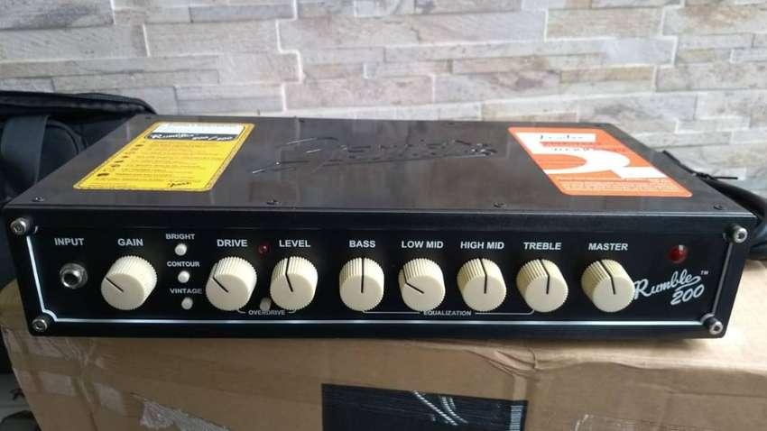 Cabezote Amplificador de bajo Fender Rumble 200 nuevo de 200w de potencia 0
