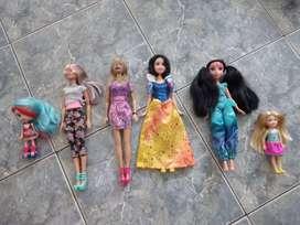 lote de muñecas barbie