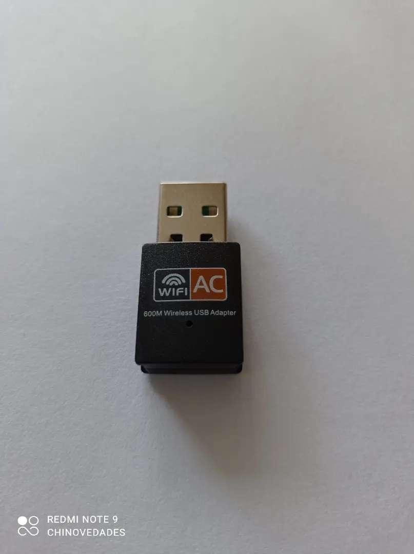 Adaptador USB  Wifi Doble Banda 2.4ghz 5Ghz 600M