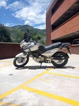 Suzuki friwind 650 cómo nueva vendo o cambio