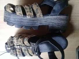 Sandalias muy lindas