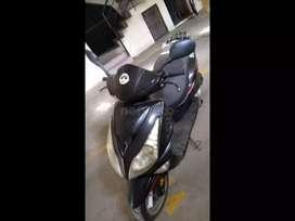 Moto Italika 175 scooter