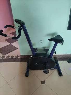 Se vende bicicleta estatica para hacer ejercicio