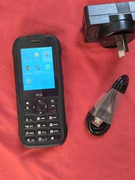 Veah M16 libres con WhatsApp y redes sociales