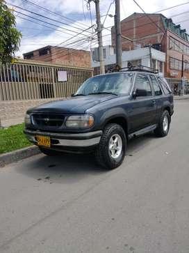 Ford Explorer XL año 1996