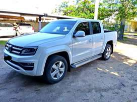 VENDO!! VOLKSWAGEN AMAROK 2.0TD 4x2 HIGHLINE 180HP. LINEA 17. MANUAL CAJA DE 6TA. MOD. 2019. 17MIL KM, IMPECABLE