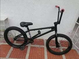 Bicicleta Piraña vieja escuela
