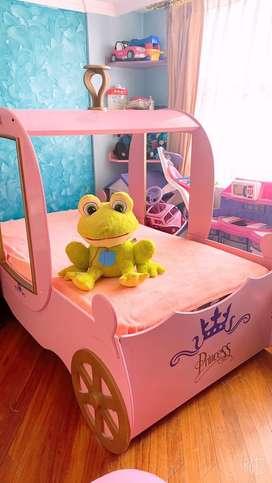 Linda cama de princesas