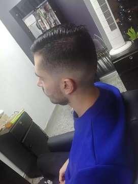 Solicito barberos con experiencia para domicilios