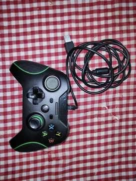 Control Xbox one de cable (Alámbrico)