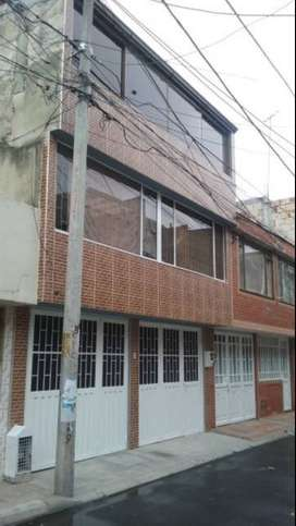 Casa en Suba tres pisos independientes