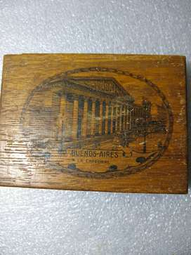 caja madera dibujo de catedral  8,5x11,5x2